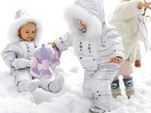 Зимние комбинезоны для девочек1
